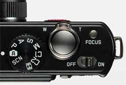 Leica D-Lux 4 digital camera highlights