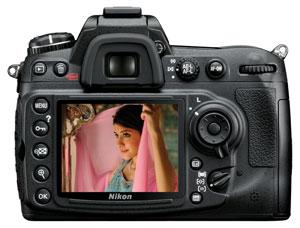 Nikon D300s digital SLR highlights