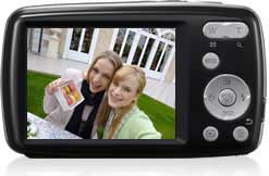 Large 2.7-inch LCD