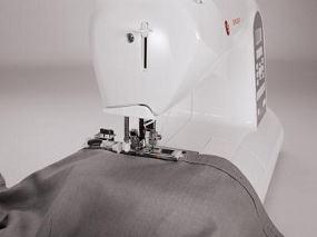 Automatic buttonholes