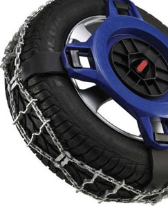 Closeup of the traction arms and chain traction strip combination of the Spikes-Spider Alpine Series Winter Traction element