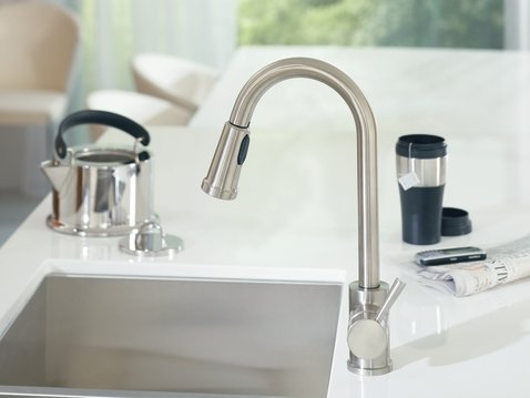 moen 7175 level one handle high arc pullout kitchen faucet