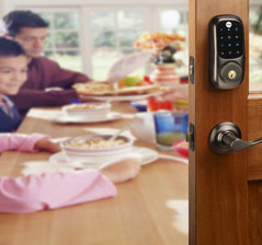 Yale YRD220 Real Living deadbolt