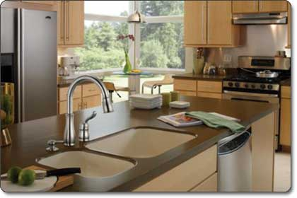 Delta Leland Single-Handle Pull-Down Kitchen Faucet With Soap Dispenser