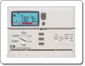 Lux CAG1500 Clean Cycle Clean Air Programmable Thermostat