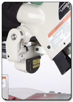 Make extremely precise cuts with the help of the laser guide. View