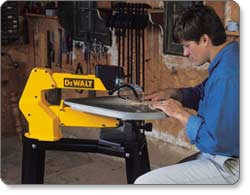DEWALT 20-Inch Variable-Speed Scroll Saw