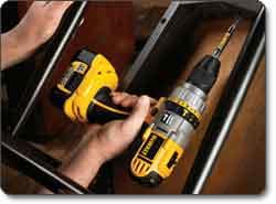 DEWALT (DCD970KL) 18-Volt 1/2-Inch XRP Lithium-Ion Hammerdrill/Drill/Driver Kit