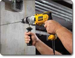 DEWALT DWD520K 1/2-Inch VSR Pistol Grip Hammer Drill Kit