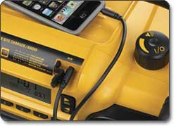 DEWALT DC012 Work Site Charger/Radio