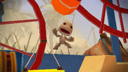 Sackboy in action in LittleBigPlanet for PSP