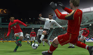 Taking a shot on goal at very close range in Pro Evolution Soccer 2011 3D