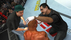Trainers in your corner between rounds in 'UFC 2009 Undisputed'