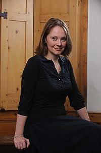 Image of Hannah Greig