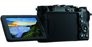 This picture shows both front and back views of the Coolpix P7700.