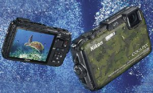 Picture shows the front and reverse of the camera body underwater.
