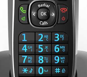 Backlit and durable buttons make dialling easy and accurate.