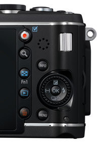 Addition of manual controls appeal to photo enthusiasts