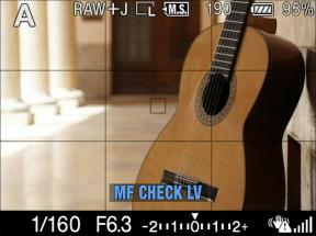 Manual Focus Check Live View previews clear, bright full-resolution images on the LCD screen for accurate checking.