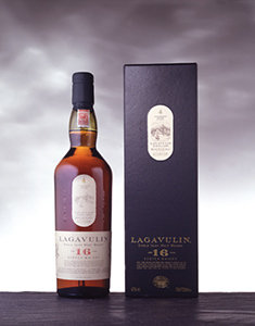 Lagavulin 16 Year Old bottle and pack visual