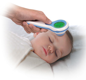 Vicks V-977F-EME Fever Insight Forehead Thermometer in use