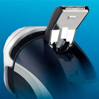 Pop-up trimmer of Philips AT890 AquaTouch electric shaver is ideal for sideburns and mustache.