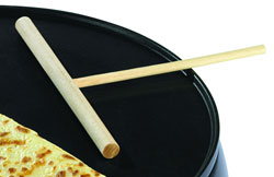 The Crêpe Maker comes with a T Stick