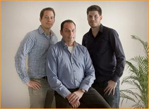 Dietmar Holthoff, Firmeninhaber, und seine Söhne Alexander und Matthias