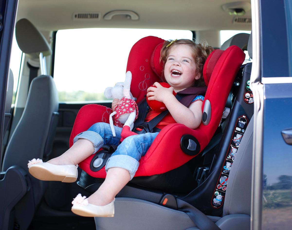 maxi cosi axiss autositz 9 18 kg robin red ebay. Black Bedroom Furniture Sets. Home Design Ideas