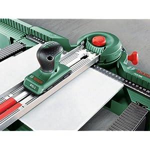 Mit der Sägestation PLS 300 Set lassen sich Fliesen bis maximal zehn Millimeter Dicke bearbeiten.