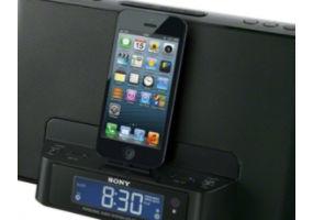 Avec un connecteur d'éclairage pour votre iPod/iPhone