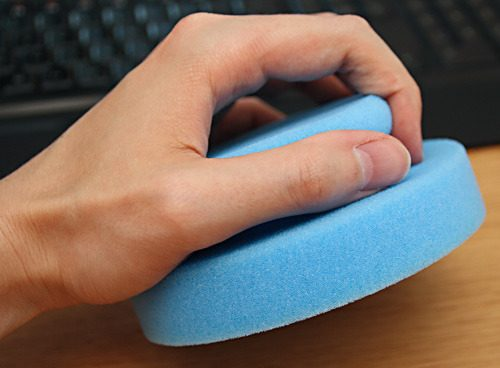 ALCLEAR 5713050M Profi Handpolierschwamm 130 x 50 mm mit umlaufender Griffleiste, blau - Zusatzbild