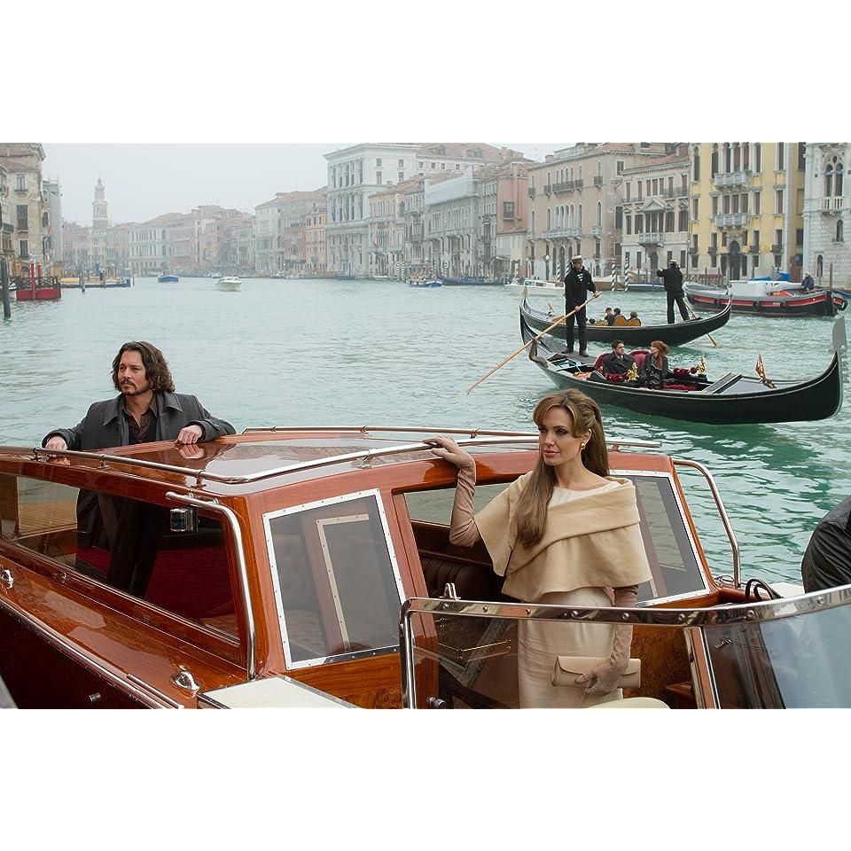 The Tourist Angelina Jolie, Johnny Depp, Paul Bettany