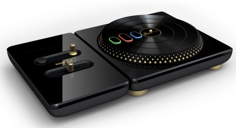 DJ Hero Bundle Renegade Edition (XBox 360)
