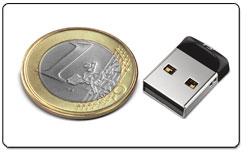 Cruzer Fit USB Flash Drive Product Shot