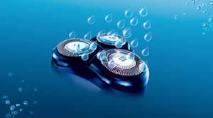 Propre et hygiénique, le rasoir électrique Philips PT920 est doté d'une tête de rasage lavable qui se rince simplement sous le robinet.