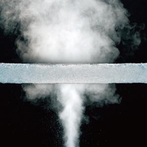 通気性抜群。夏に蒸れず冬は暖かい