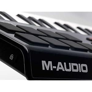 M-Audio Axiom AIR Mini 32 - Channel Midi Controller