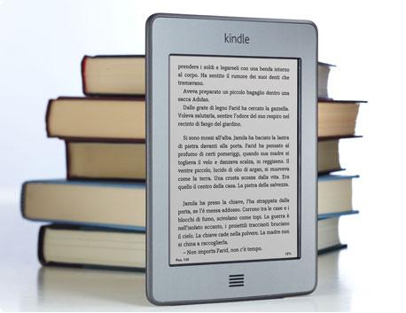 Il dispositivo di lettura Kindle Touch contiene fino a 3.000 libri