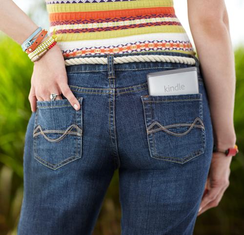 El e-reader Kindle cabe en un bolsillo