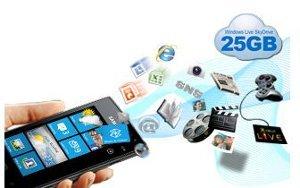 Socially integrated Windows Phone 7.5 Mango UX