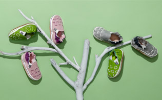 Sweet Feet: Crib Shoes & First Walkers!