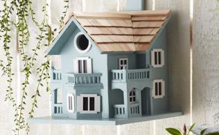 Flight of Fancy: Birdhouses!