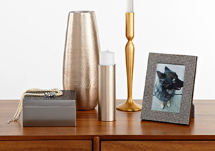 Luxe Touch: Metallic Accents & More!