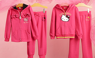 Back to School with Hello Kitty Girls!