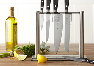 Up to 75% Off: Kitchen Knives & Cutting Boards!