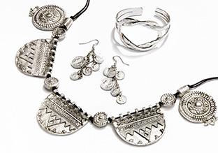 Summer Vibes: Boho Chic Jewelry