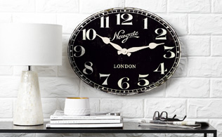 Quintessentially British: Newgate Clocks