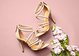 Spring Fling : sandali con il cinturino!