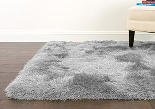 Comfort Underfoot: Shag Rugs!